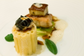 Sweetbread with Spaghetti-Chartreuse in Truffle Sauce