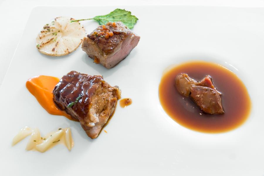 Muritz [milk lamb; masala-tandoori; beet]